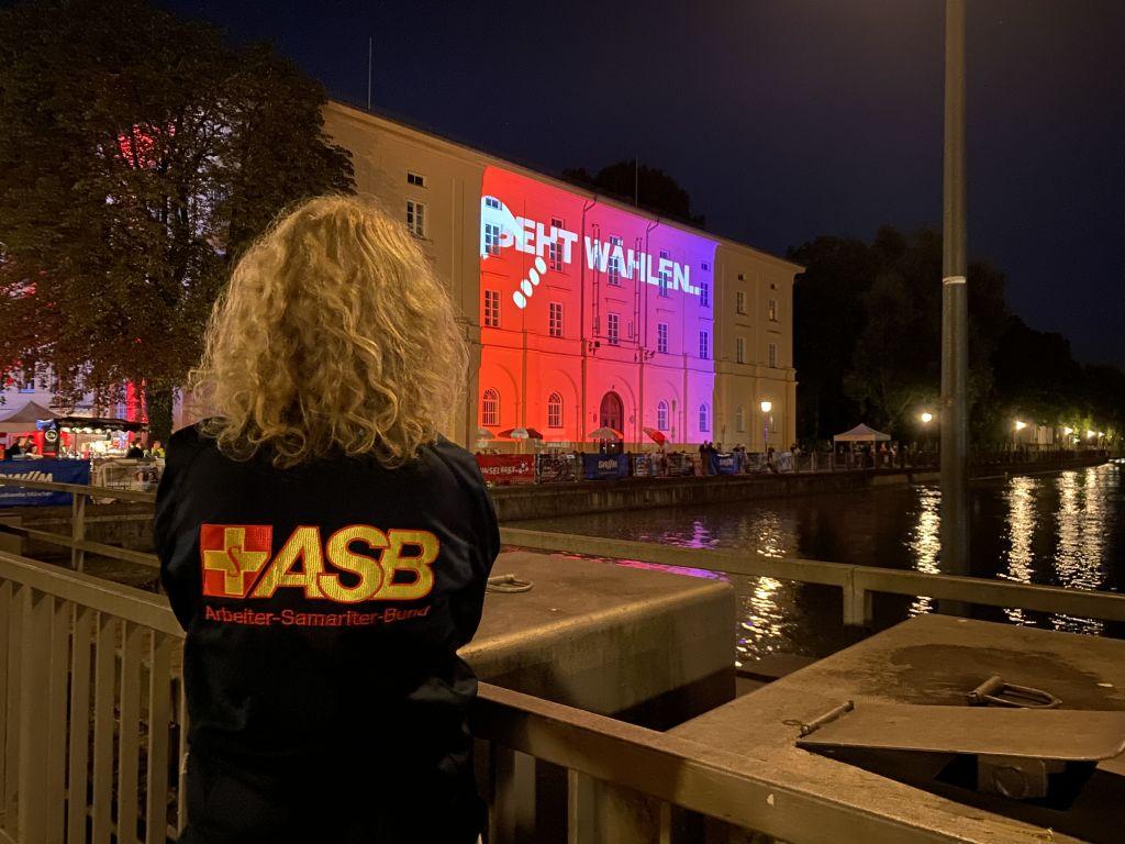 Isarinselfest_Projektor.jpg